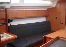 Bavaria 33 salon BB