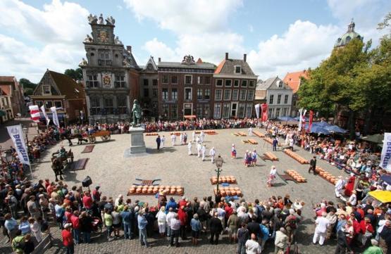 Kaasmarkt Hoorn Roode Steen