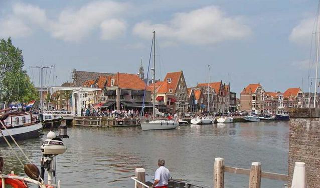 Hoorn binnen haven