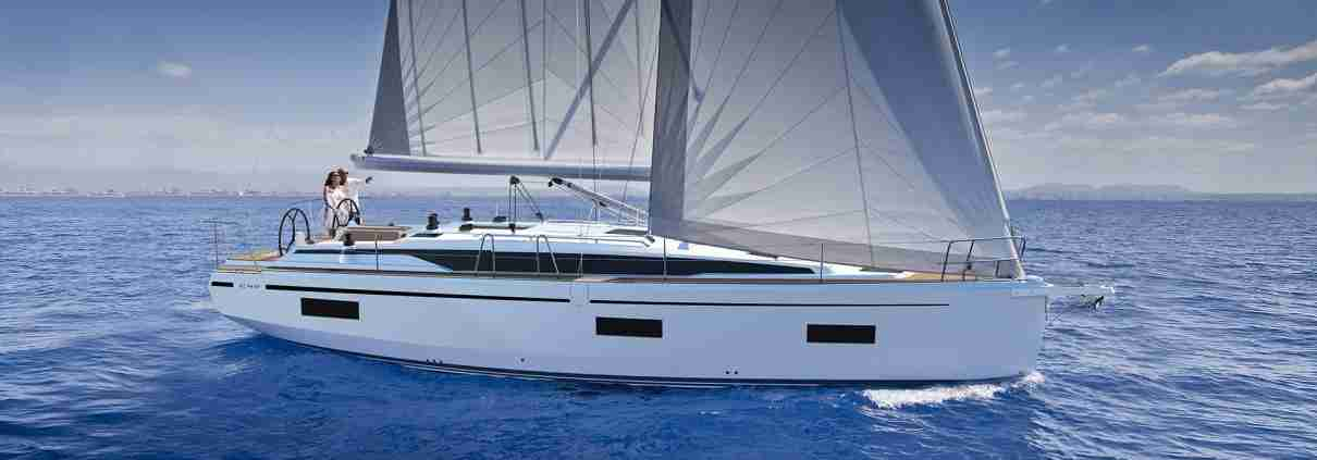 Bavaria 42C Windkracht5 Buy and Charter