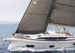 Bavaria C38 Buy & Charter WINDKRACHT5